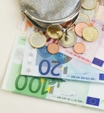Dva tisoč evrov, če zaposlite absolventa