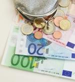 Podjetniki spet lahko plačujejo z gotovino do 420 evrov!