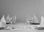 Uglajeno vedenje pri mizi – kako kaj uporabljati?