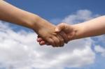 Obresti za posojila med povezanimi osebami