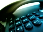 Snemanje in reproduciranje posnetih telefonskiih pogovorov med delavci