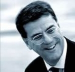 Paolo Vitelli: Ustanovitelj ladjedelnice Azimut in predsednik skupine Azimut-Benetti
